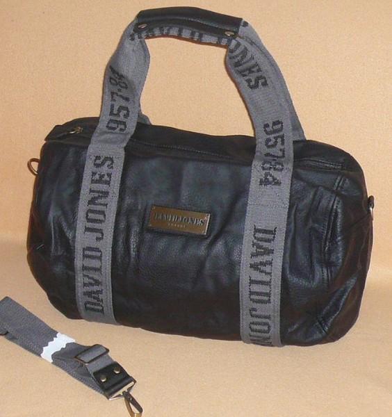 Velká kabela David Jones - cestovní taška - KABELKY Walter Valentino ... e04507ca45