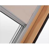 Zcelazatemňující roleta pro střešní okna BALIO 55x72/78 cm