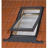 Dřevěné střešní okna BALIO s LEMOVÁNÍM 66x112 cm