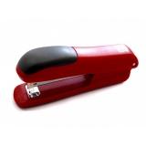 Sešívačka  SAX červená