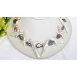 Perlový náhrdelník barokní černé a bílé jezerní perly 48mm NJ7649