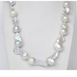 Perlový náhrdelník barokní jezerní bílé perly 35mm NJ9368