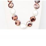 Perlový náhrdelník bílé jezerní coin perly 20mm a barvená perleť NJ9318