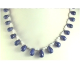 Perlový náhrdelník bílé jezerní perly a modrý safír DL042A