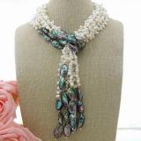 Perlový náhrdelník jezerní bílé perly a mušle abalone YY244
