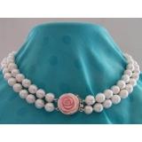 Perlový náhrdelník obláčkové jezerní bílé perly 13mm + korál OP014