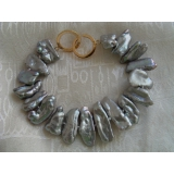 Perlový náramek šedé jezerní biwa perly 24mm BJ7098