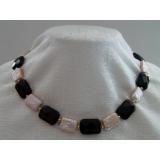 Perlový náhrdelník jezerní růžové perly+černý křišťál NJ9142