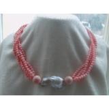 Náhrdelník růžový korál a bílá jezerní barokní perla YY051