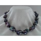 Perlový náhrdelník barokní jezerní černé duhové perly 26mm NB159
