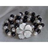 Perlový náramek černé a bílé jezerní perly 10mm BB003