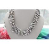 Perlový náhrdelník jezerní šedostříbrné barokní a biwa perly NB257