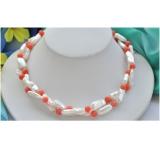 Perlový náhrdelník jezerní bílé perly a korál NB301