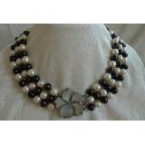 Perlový náhrdelník jezerní černé a bílé perly 10mm NB060