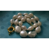 Perlový náhrdelník barokní bílé jezerní perly 20mm NJ7011