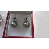 Perlové náušnice mořské tahiti perly 11mm, bílé zlato 12K, safíry ES002
