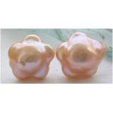 Náušnice bílé jezerní barokní květinkové perly 17mm EB017