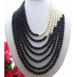 Perlový náhrdelník bílé a černé jezerní perly 9mm YY210
